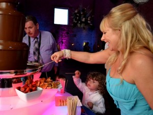Chocolate Fountain Hire Wedding Party Prom Promo Cirencester - Chocolate Fountains R Us