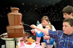 Chocolate Fountain Hire Company Hertforshire - Chocolate Fountains R Us