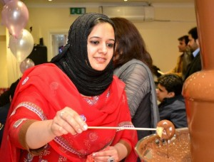 Medium Chocolate Fountain Hire Southall - Chocolate Fountains R Us