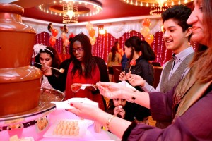 Chocolate Fondue and Chocolate Fountain Hire Hounslow - Chocolate Fountain R Us