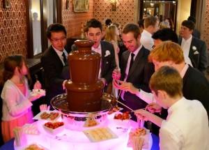 Chocolate Fondue Hire Rental Provision Grittelton - Chocolate Fountains R Us