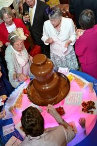 Medium Fondue Chocolate Fountain Hire Shropshire - Chocolate Fountains R Us