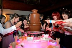 Medium Chocolate Fountain Fondue Hire - Chocolate Fountains R Us